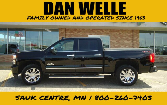 Pre-Owned 2018 Chevrolet Silverado 1500 Crew High Country
